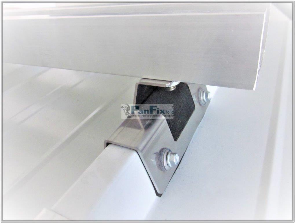particolare-fissaggio-fotovoltaico-panfix-su-pannello-sandwich-
